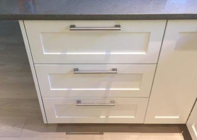 Cabinets 06